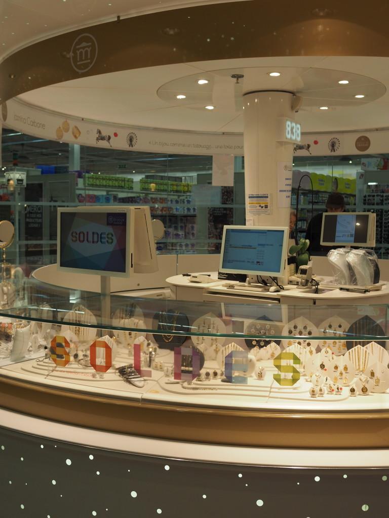 leclerc manège à bijoux montre digitale